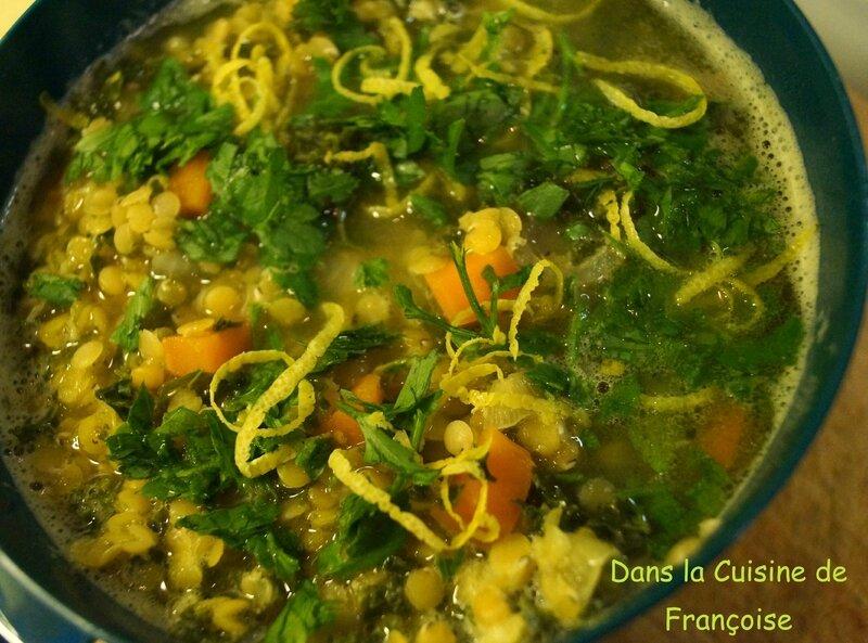 Soupe Lentilles Corail et Chou Kale