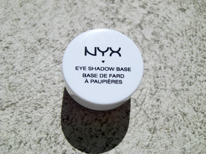 Eye Shadow Base skin tone nyx base paupière princesse affreuse (1)