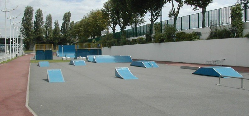 skatepark de levallois perret 92 skateparks de paris et d 39 ailleurs. Black Bedroom Furniture Sets. Home Design Ideas