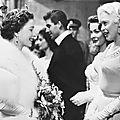 jayne-1957-11-05-londres-meet_elizabeth-1