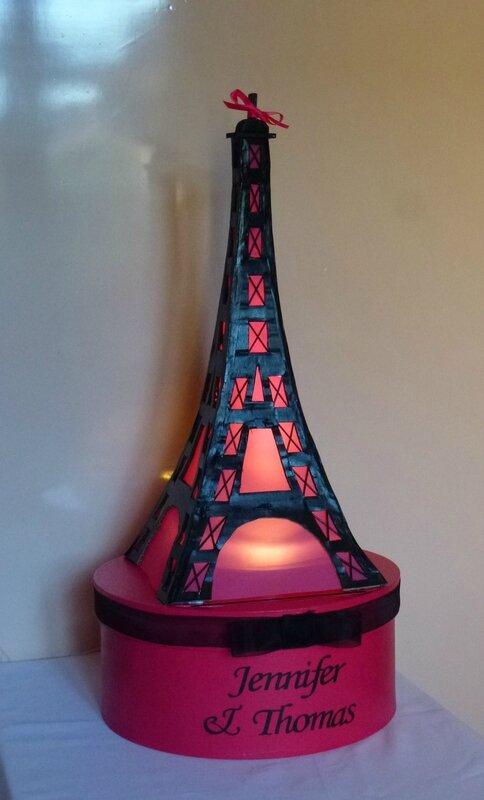 urne PARIS tour eiffel - IDEES ET MERVEILLES 52°