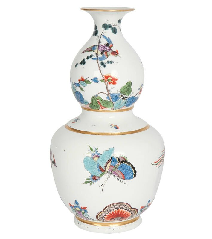 A very important double-gourd vase with painting by Löwenfinck Meissen, around 1739