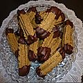 Windows-Live-Writer/d2fbb161fc2d_11D46/biscuits aux noisettes et chocolat a l'embout_2