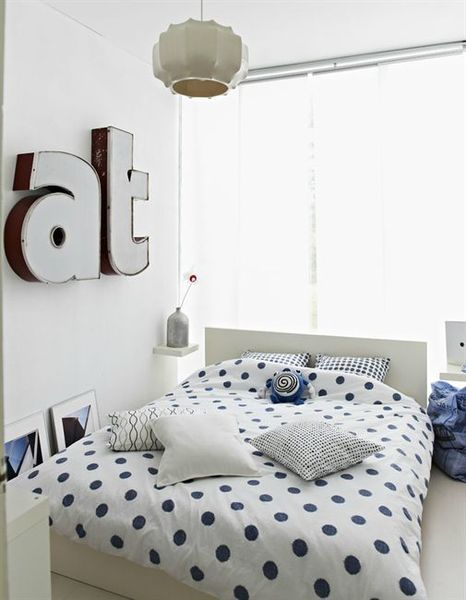 bedroom-love-letters-3916