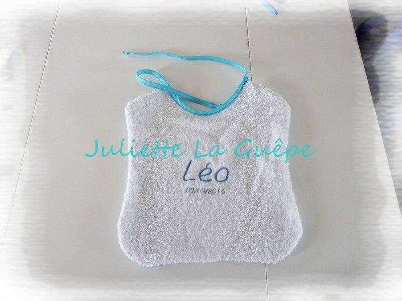 bavoir Léo bleu blanc 3
