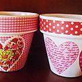 Petits pots en terre cuite customisés