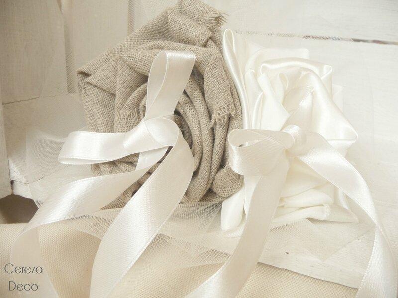 mariage champetre porte alliance fleur original lin satin ivoire cereza deco 4