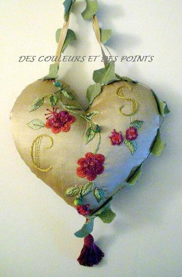 coeur aux fleurs rouges face 2 BIS BLOG