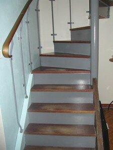 Peindre Escalier Bois En Gris. Good Repeindre Un Escalier Couleur ...