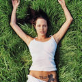 angelina_jolie_by_lachapelle-grass-04