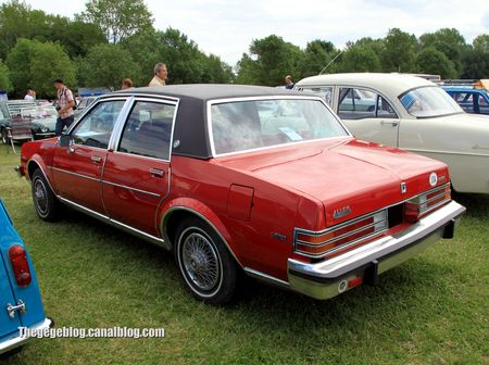 Buick skylark limited de 1980 (Retro Meus Auto Madine 2012) 02