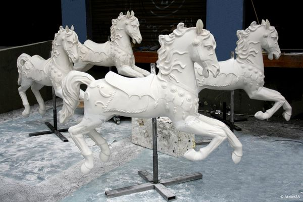 Sculpture cheval manege