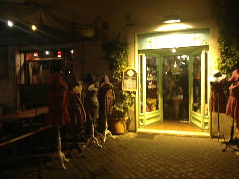 Piazza dei Fiori la nuit