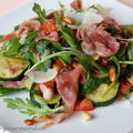 Salade de courgettes aigres-douces au jambon cru