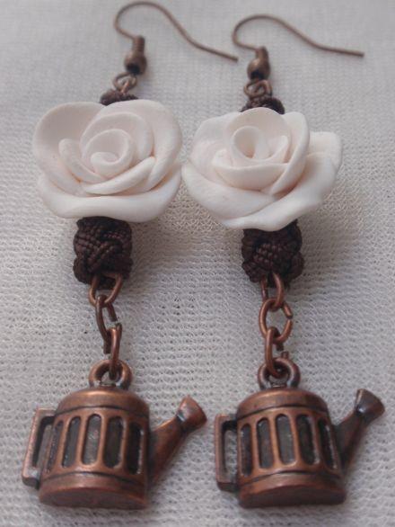 Boucles d'oreilles en cuivre breloques bouilloires fleur fimo et
