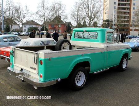Ford F100 pick-up de 1958 (Retrorencard avril 2013) 02