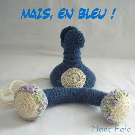telephone au crochet bleu