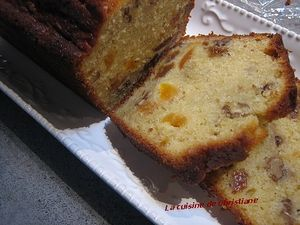 cake_aux_fruits_secs_parts