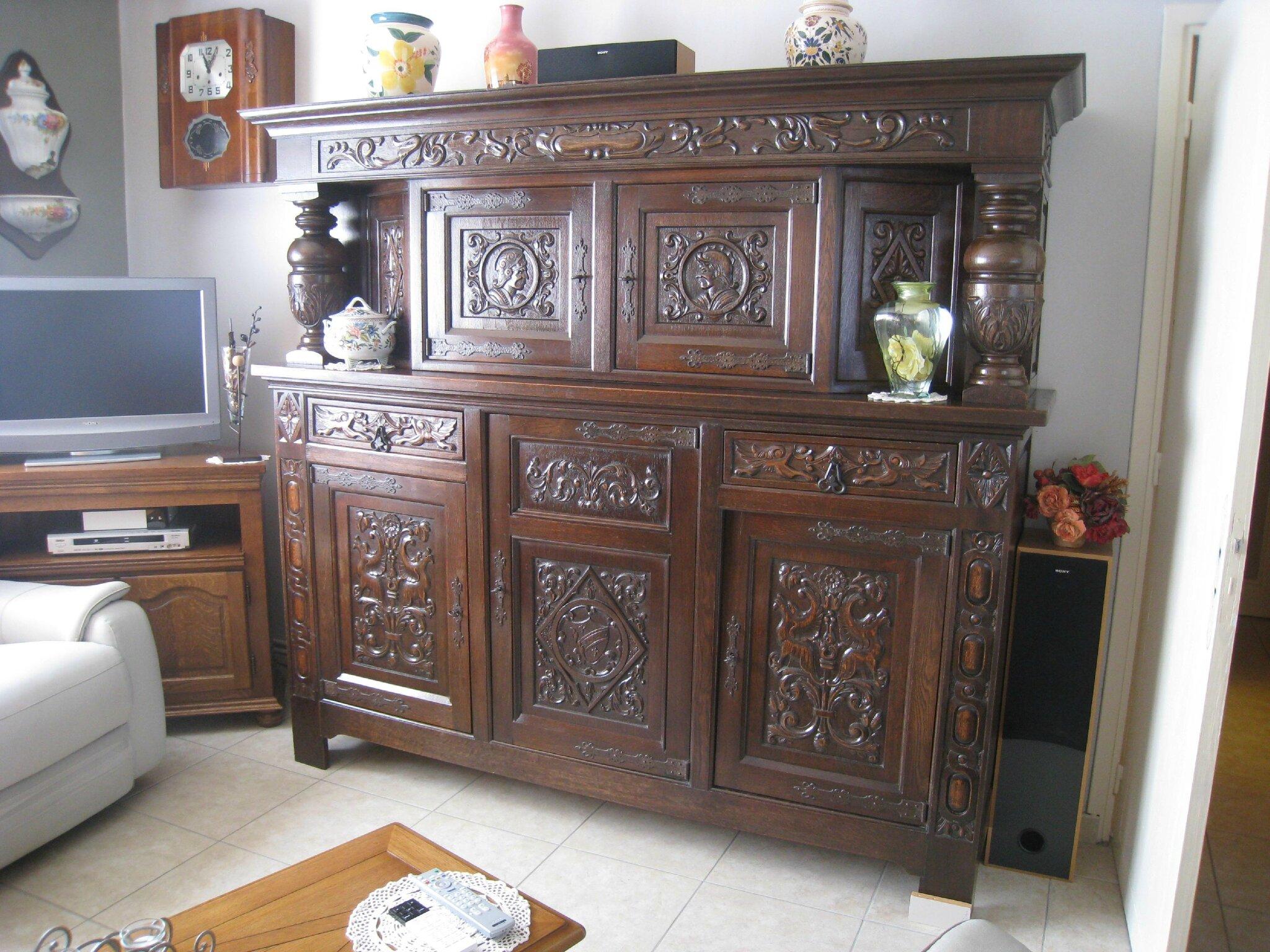 Img 2061 photo de une salle manger relook e patines for Repeindre des meubles anciens