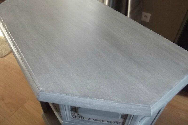 Mon meuble journal relooking de meubles nadr nov for Meuble patine gris gustavien