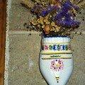 Sabot de terre cuite peint décor breton
