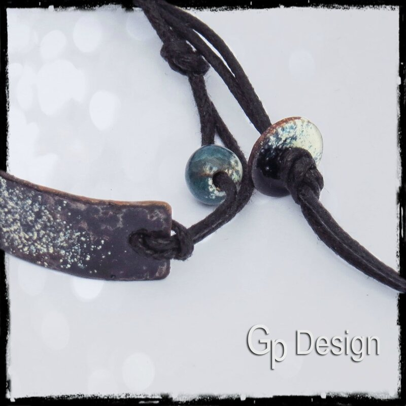 detail bracelet plaque cuivre émaillé