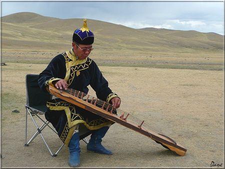 1_mongolie_musicien_a