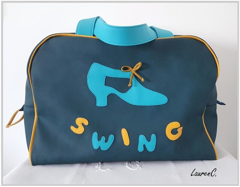 SAC_SWING_SIMILI_BLEU_DEVANT