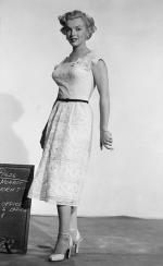 1950-12-14-AYAYF-test_costume-renie-mm-04-1