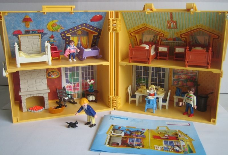 playmobil maison de famille transportable je vous le. Black Bedroom Furniture Sets. Home Design Ideas