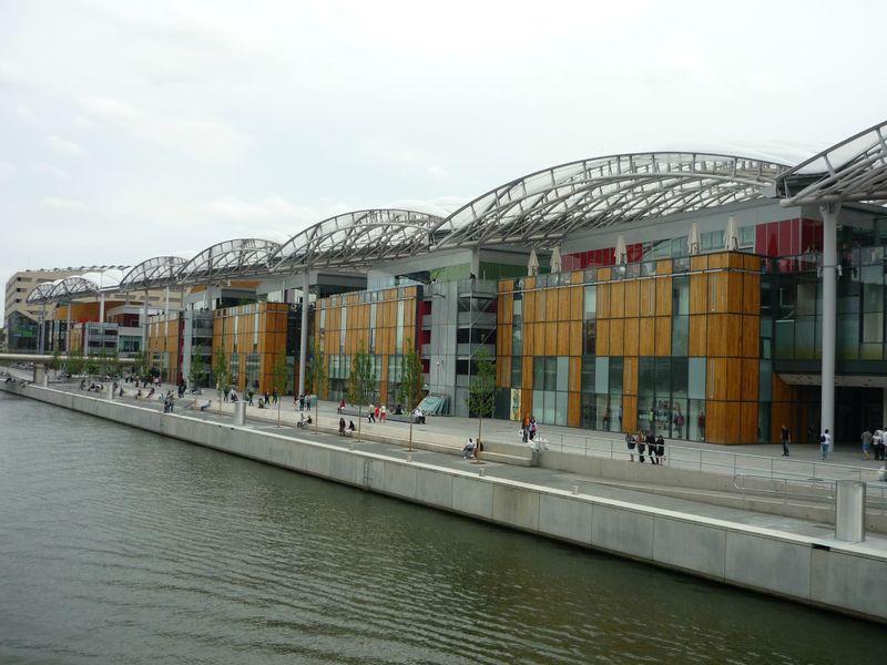 Lyon quartier de confluence tourisme et id es sorties en lorraine - Centre financier de la poste lyon ...