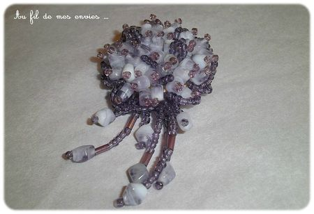 broche May (1)