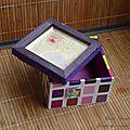 Boîte violette