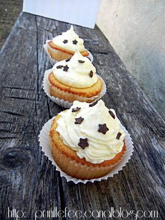 3 cupcakes vanille prunillefee