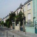 Paris Maisons 13 060504 Rue Dieulafoy 016