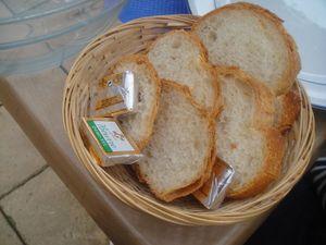 Au Perroquet Bleu Corbeille de pain J&W