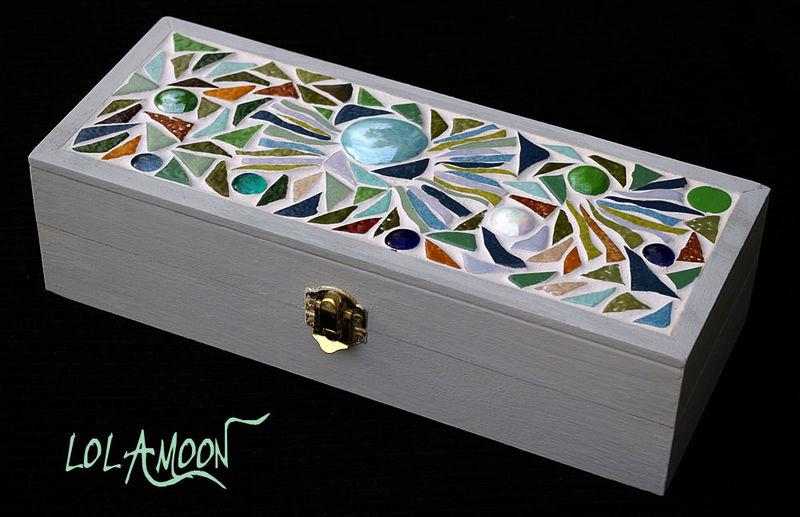 Boite printemps photo de boites mosaique cr ations mosaiques et bijoux - Magasin de boite a bijoux ...