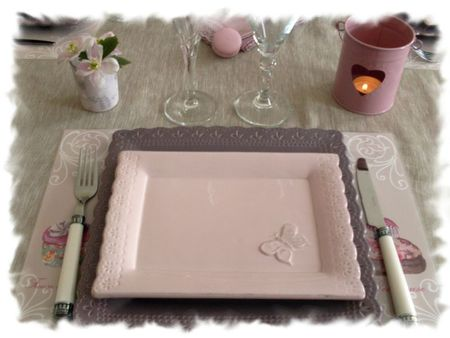 table rose poudrée 004