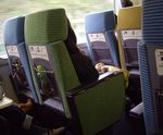 4_train_fauteuils_multicolores__1000