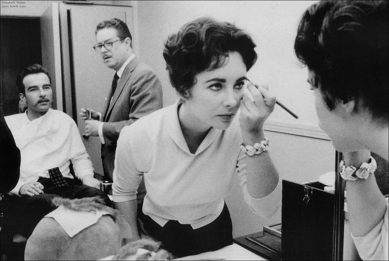 make_up-elizabeth_taylor-01-1