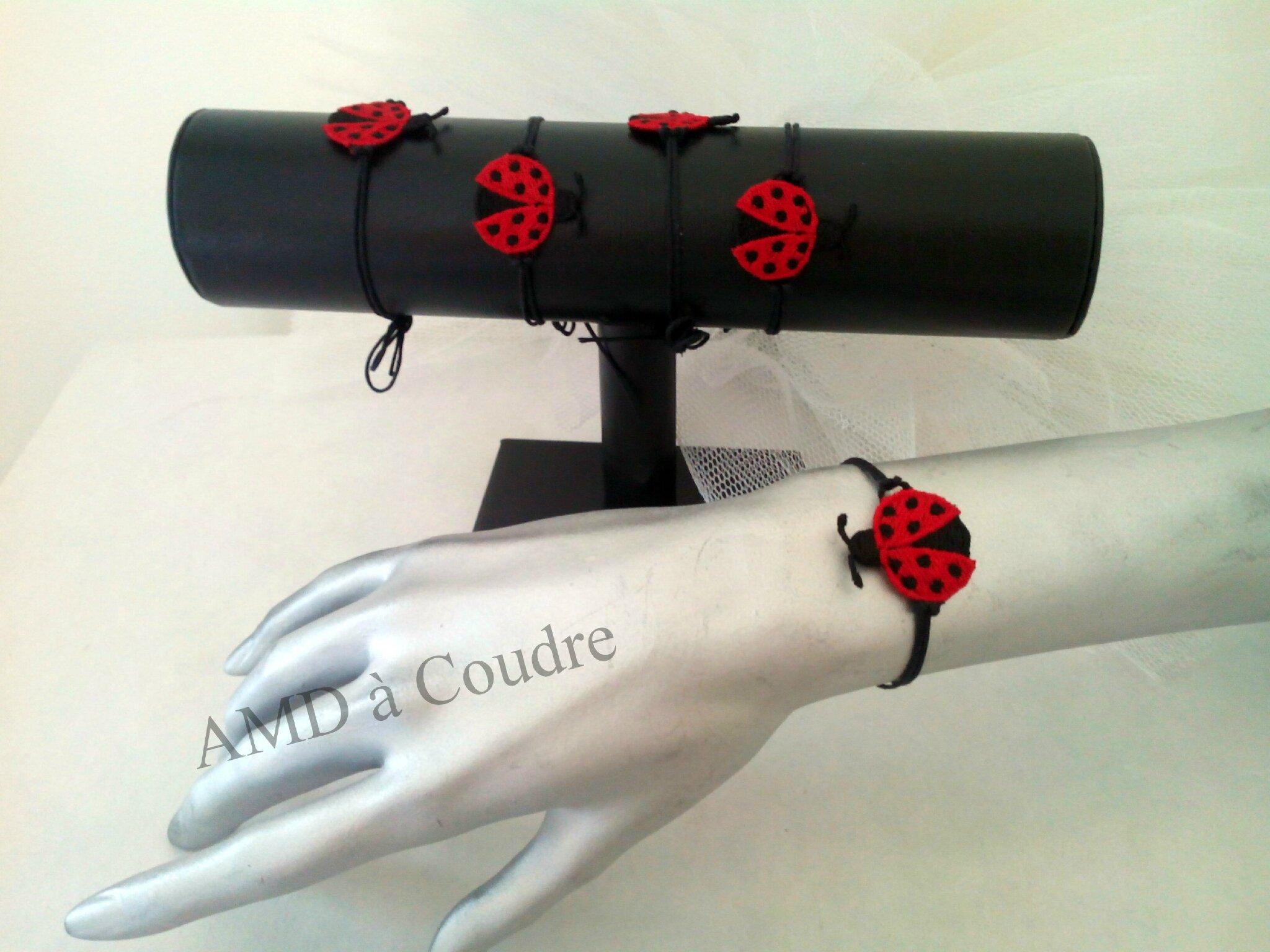Création bijoux brodés par AMD A COUDRE, coccinelle va dire au bon Dieu que demain il fasse beau !!!!