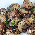 Boulettes d'agneau basilic olives a la plancha