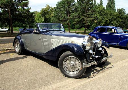 Bugatti_type_57_C_corsica_cabriolet_de_1937__Retrorencard_aout_2010__01