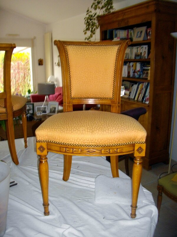 chaise-clous-tapissier-relooking