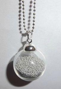 exemple collier boule en verre