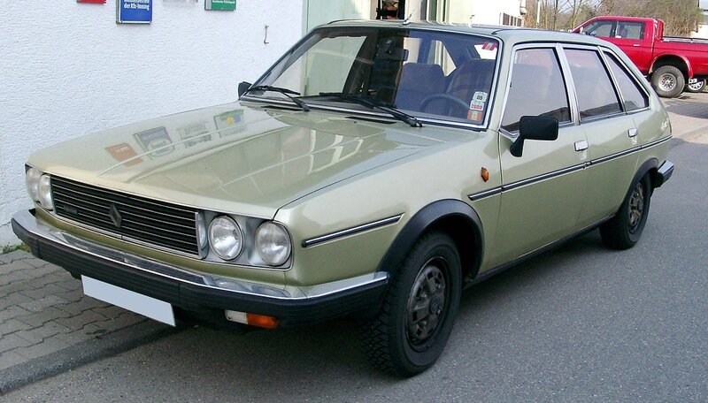 1280px-Renault_30TX_front_20070404