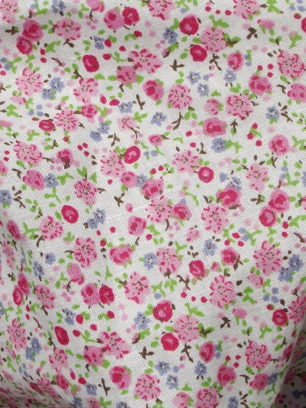 Aperçu tissu fleurs rose foncé