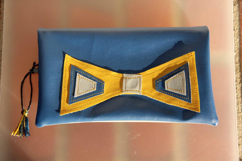 pochette zippée pliée