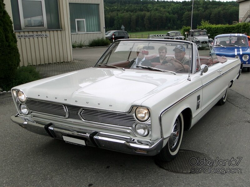 plymouth-fury-3-convertible-1966-01