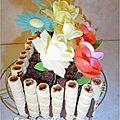 Gâteau jardinière fleurs azyme côté